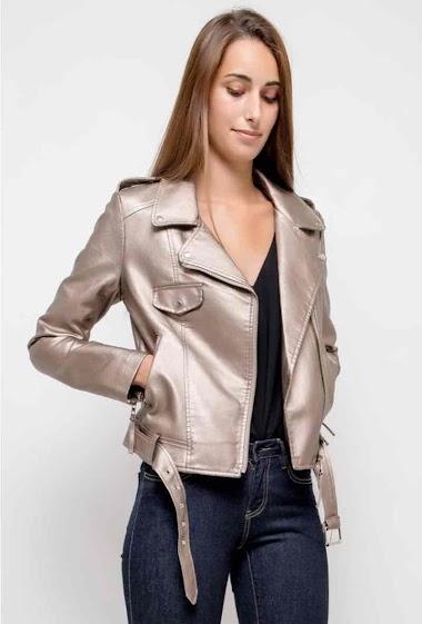 Biker jacket, belt. The model measures 178cm and wears S. Length:58cm