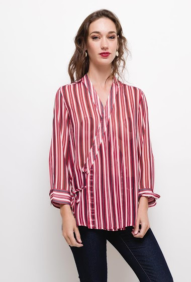 Striped blouse,The model measures 177cm and wears S. Length:65cm