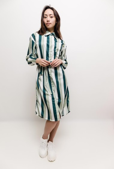 Striped dress, belt. The model measures 170cm and wears S/M. Length:100cm