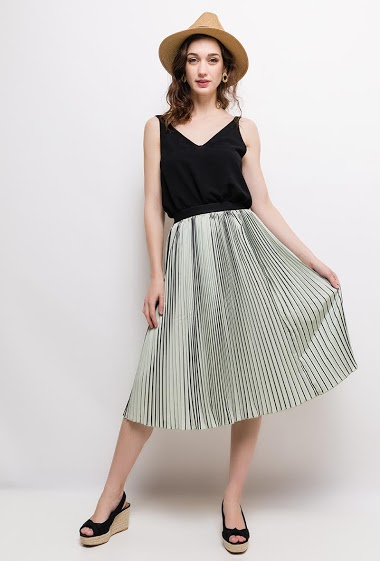 Midi bicolour skirt. The model measures 177cm and wears S