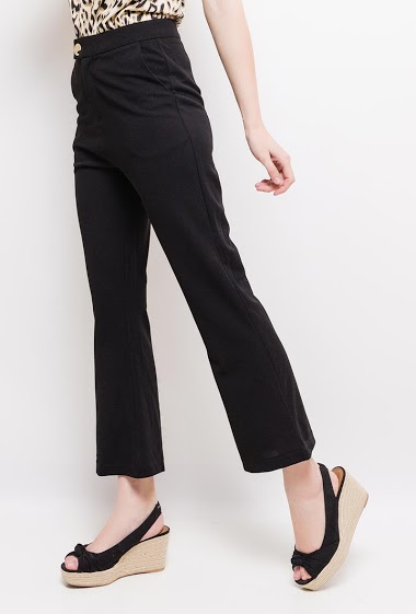 Flared pants, gold button. The model measures 177cm and wears S