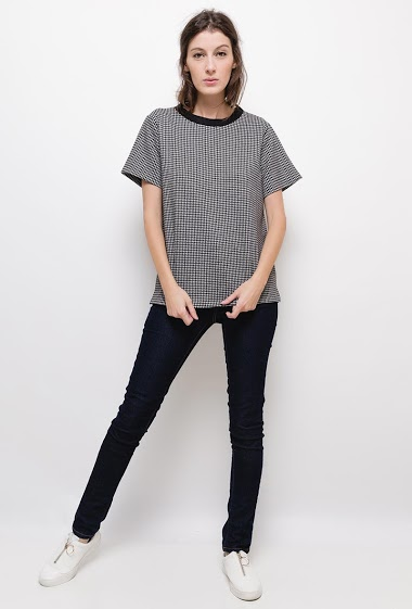 Houndstooth Round Neck T-shirt,The model measures 178cm and wears S. Length:65cm