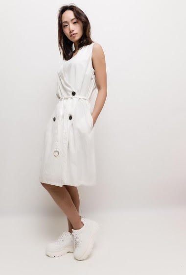The model measures 170cm and wears S. Length:100cm