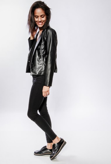 Jacket with skin snake effect. The model measures 177cm and wears S