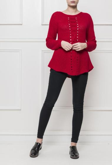 Pullover in knit with lacing on the front, casual fit, possibility of wearing the lacing on the front or on the back