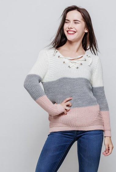 Sweater in wool mix, lace-up V neck, colorful bands. The model measures 172cm, one size corresponds to 38-40