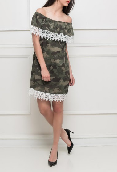 Off shoulder frill dress, lace border, military pattern - TU corresponds to T38/40