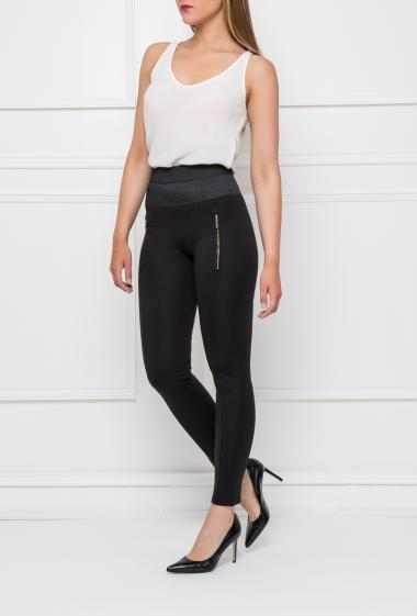 Casual leggings with elastic and hight waist, fancy zips