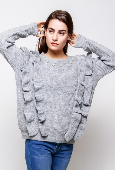 Ribbed sweater, ruffles, decorative pearls, loose fit. The model measures 172cm, one size corresponds to 38-40
