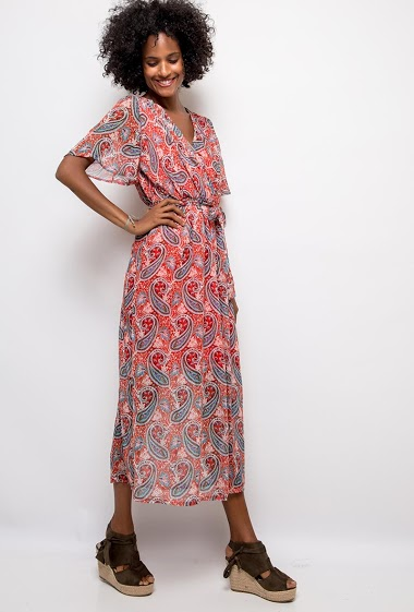 Dress with ethnic pattern. The model measures 175cm and wears T1=8(UK)/36(FR). Longueur:130cm