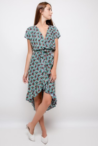 Dress with ethnic print, bajo asimétrico. The model measures 178cm and wears S/M. Length:125cm(back)