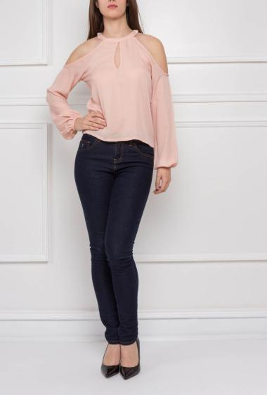 Top with stand-up collar , long sleeve