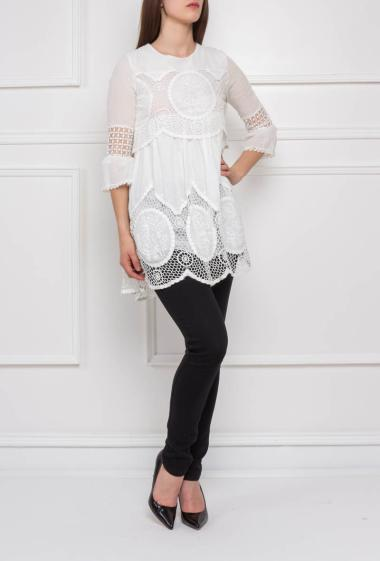 Tunic with fancy border, three-quarter sleeves