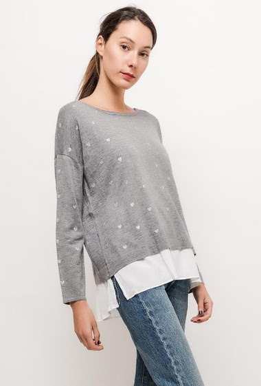 Sweater with printed hearts and plain border