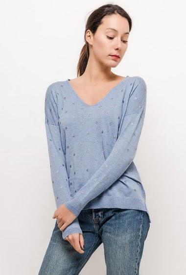Sweater with shiny polka dots