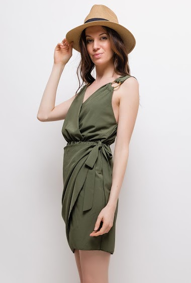 Dress with rings. The model measures 177cm, one size corresponds to 10/12(UK) 38/40(FR). Length:90cm
