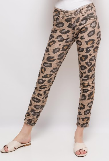 Plain pants o leopard pants. The model measures 177cm and wears S/8(UK) 36(FR)