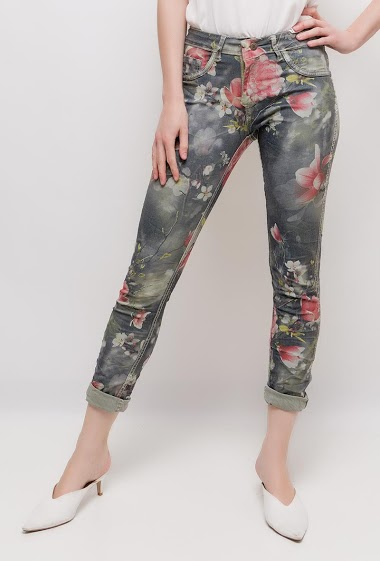 Printed pants or plain pants. The model measures 177cm and wears S/8(UK) 36(FR)