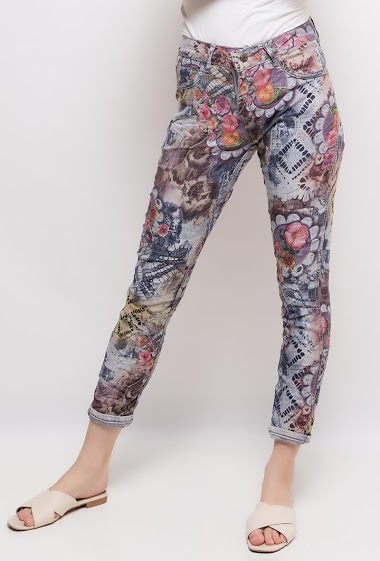 Plain pants o printed pants. The model measures 177cm and wears S/8(UK) 36(FR)