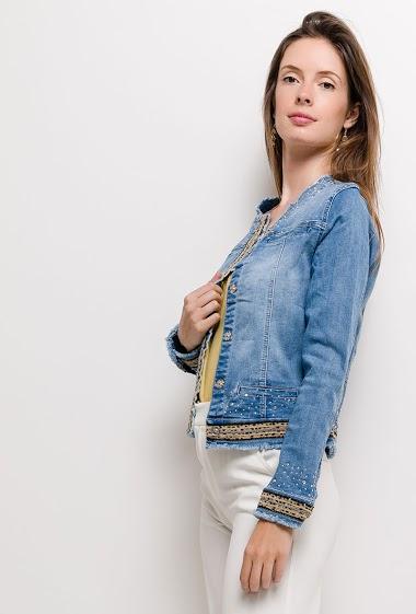 Veste en jean avec bandes léopard