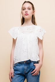 ALINA embroidered and perforated blouse