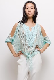 AZAKA II lace blouse