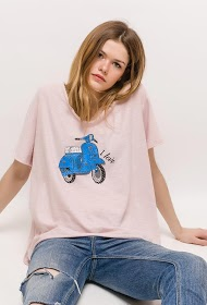 BELLOVE loose t-shirt with vespa