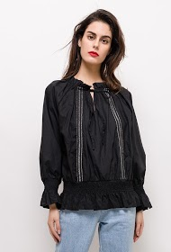 BUBBLEE blouse with smocks
