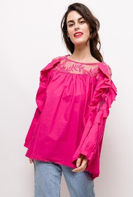 BUBBLEE ruffled blouse with lace