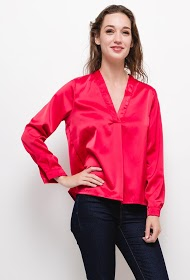 BY SWAN silky v-neck blouse