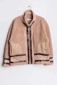 BY SWAN manteau en imitation mouton