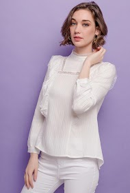 CHOKLATE blouse with lace