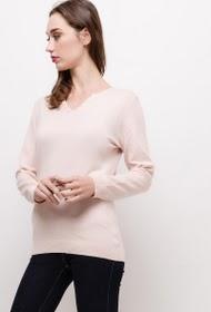 CLARA. S classic sweater