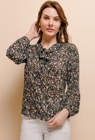 COLYNN floral blouse