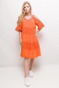 COLYNN off-the-shoulder dress