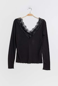 DAYSIE knitted blouse with lace