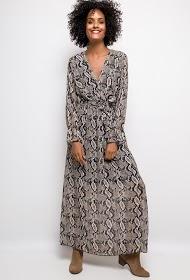 ESTEE BROWN lang kjole med pythonprint