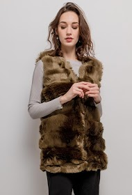 HAPPY LOOK fur sleeveless jacket