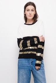 IN VOGUE openwork knit sweater with rhinestones