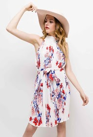 IN VOGUE pleated floral dress