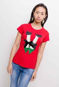 IN VOGUE t-shirt with shoes