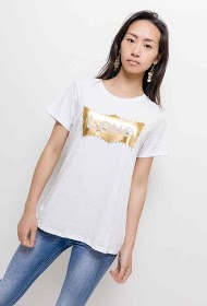 IN VOGUE love t-shirt with rhinestones