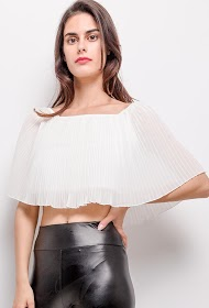 IN VOGUE pleated top