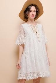 LILIE ROSE vestido de renda boêmio