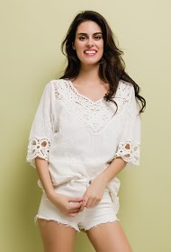 LILIE ROSE beach tunic with lace
