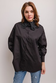 LILY MCBEE shirt with lace collar
