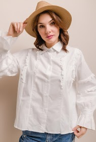 LILY MCBEE shirt with lace ruffles
