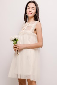 LILY MCBEE romantic dress