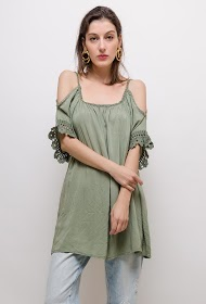 LIN&LEI off-shoulder tunic