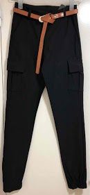LOOKING pants with pocket on the side